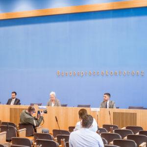 Dr.Gazeas vertritt 64 FDP-Bundestagsabgeordnete in Verfassungsbeschwerde gegen den Staatstrojaner
