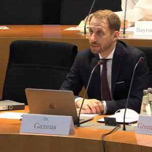 Dr. Gazeas Expert in the German Bundestag on matters related to criminal proceedings and the use of undercover police informants